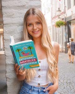 Autorin von book of finance